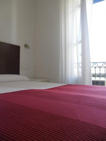 Hostal Santa Isabel | Room