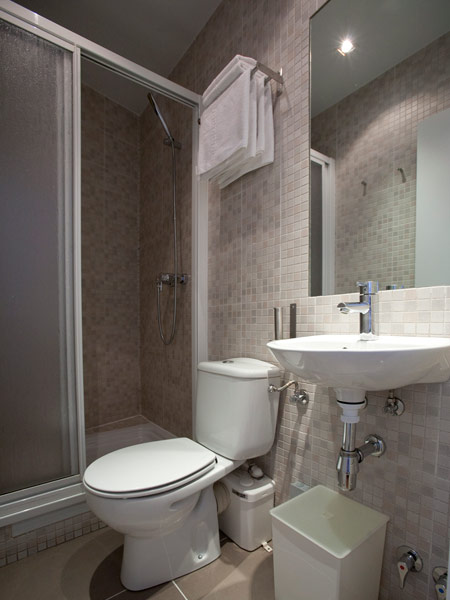Hostal Santa Isabel | Bathroom